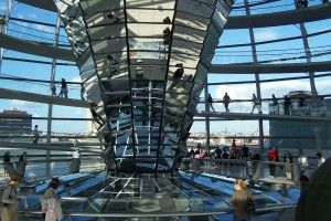 862077_german_parliament_dome