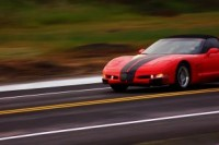 886183_red_car_speeding