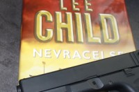 Lee_Child_Nevracej_se (2)