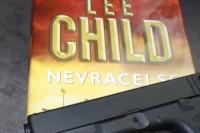 Lee_Child_Nevracej_se (2)