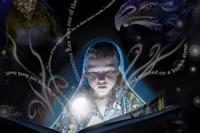 Čtení, fantasy, magie - ilustrační