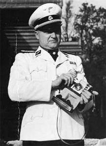 Buchenwaldske-bestie-ukazka