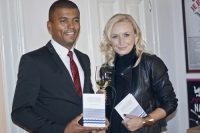 Ivana Chřibková s Reyem Korantengem, kmotrem své knihy
