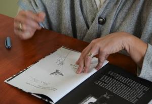 Každý výtisk, který Fučíková podepsala, vyšperkovala svou ilustrací.