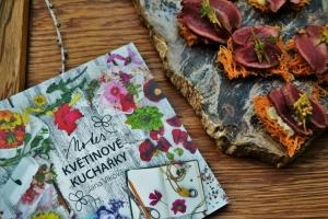 Notes květinové kuchařky