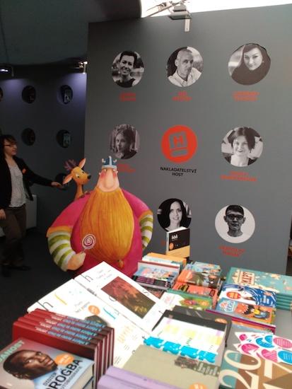 svet-knihy-host