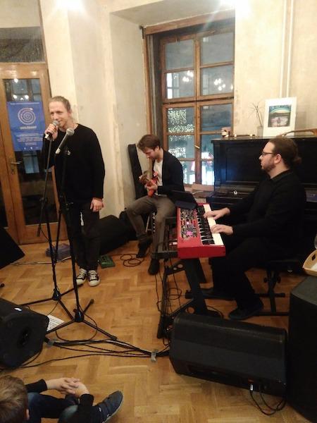 zleva: Tomáš Klus, Jan Lstibůrek, Kryštof Pobořil