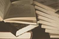 romany-na-pozadi-historickych-udalosti
